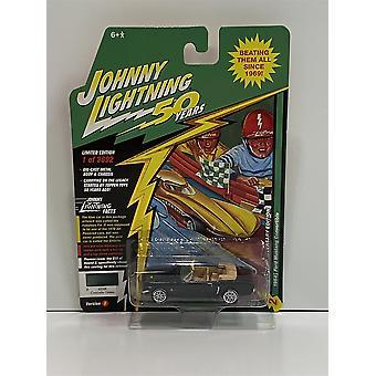 1964 Ford Mustang Convertible Cascade Green 1:64 Johnny Lightning JLCG020B
