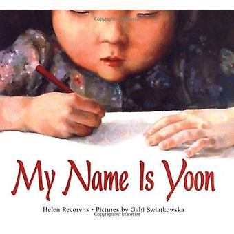 My Name Is Yoon (Ezra Jack Keats New Illustrator Award) Book