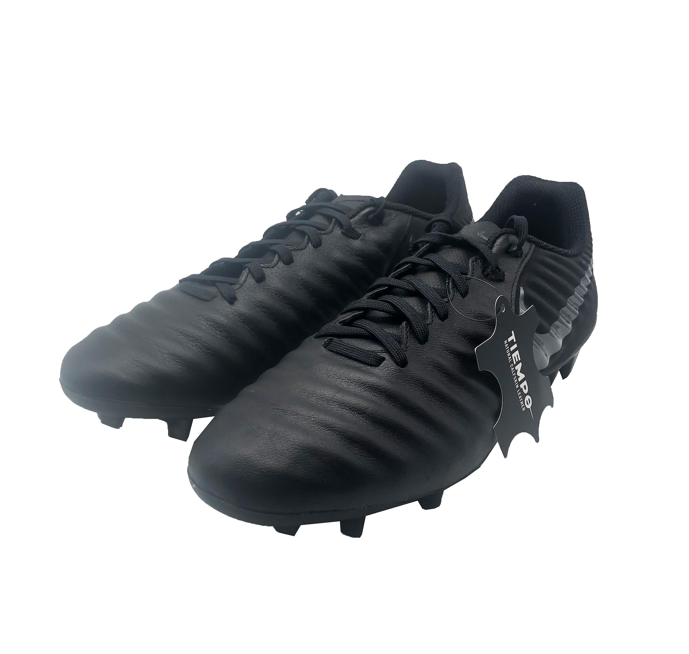Nike Legend 7 Academy FG AO2596 001 mens fotbollsskor