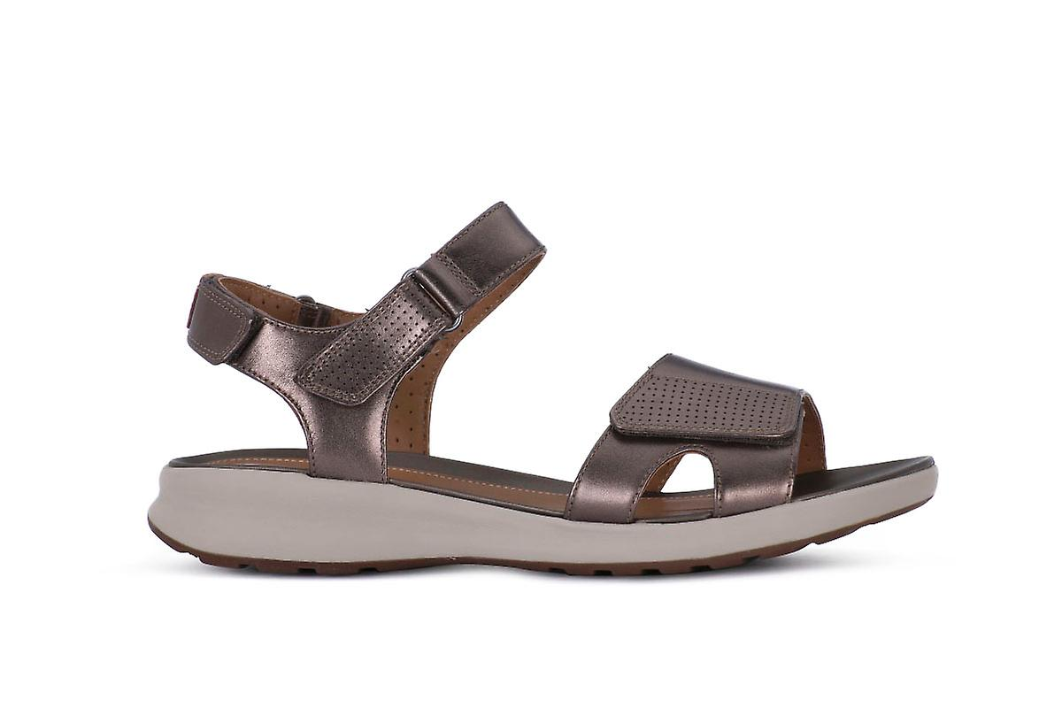 Clarks adorn calm shoes