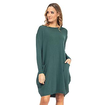 Wide knit dress with pockets