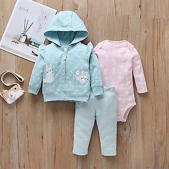 مجموعة ملابس الأطفال