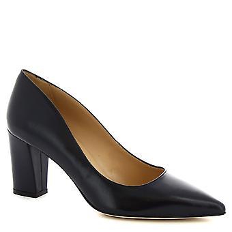 ليوناردو أحذية النساء & s اليدوية الكعب المتوسط مضخات الأحذية في جلد نابا الأزرق