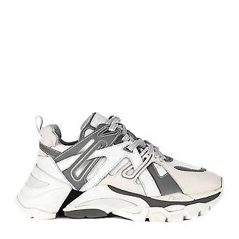 الرماد الأحذية فلاش منعكس الأبيض والرمادي المدرب