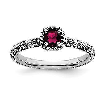 2,5mm 925 Sterling Hopea Prong sarja Pinottavat ilmeet Checker leikata Cr Ruby Ring Korut Lahjat naisille - Rengas Koko: