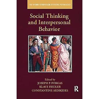 Pensée sociale et comportement interpersonnel