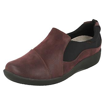 Ladies Clarks Cloudsteppers Casual Slip på skor Sillian Paz