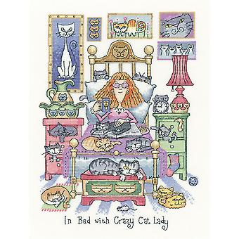 Heritage Crafts Cross Stitch Kit - In bed met Crazy Cat Lady (Aida)