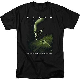 Pelottavimmat asiat tulevat Alien T-paidan sisältä