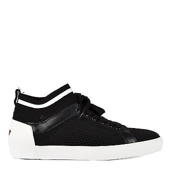 灰鞋男装;海王星黑色针织教练