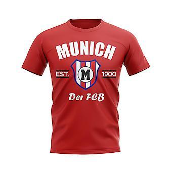 Bayern München hat Fußball-T-Shirt auf den platz. (Red)