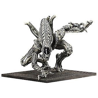 Video game consoles alien warrior drone artfx+ statue