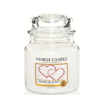 Neve média clássica do frasco da vela de Yankee no amor 411g