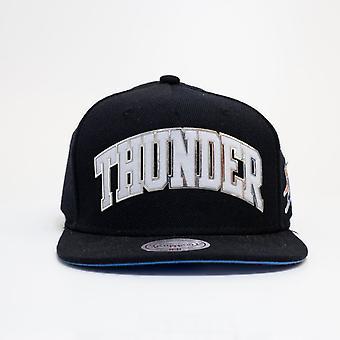 Mitchell & Ness Nba Oklahoma City Thunder Spellout Snapback Cap