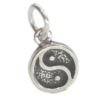 Yin Yang Tiny Sterling Silver Charm .925 X 1 Ying Peace Calm Charms - 592