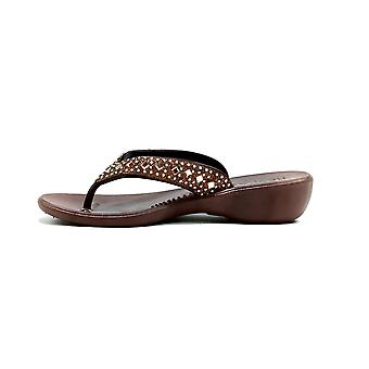 The Hale Wedge Brown