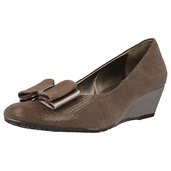 Ladies Van Dal Classy Wedge Shoes Lille II
