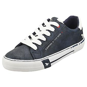 Mustang Lace Up Low Top Womens Fashion Trainers in Navy