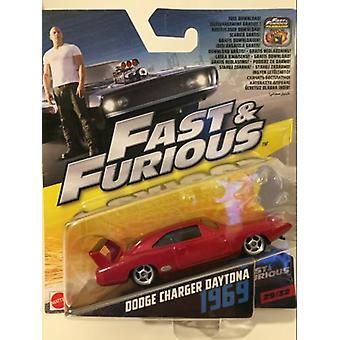 Rápido y Furioso 6 1969 Dodge Charger Daytona 1:55 Escala Mattel FCN86 2017