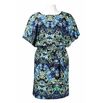 Dolman Sleeve Multi Print Vlinderdas Riem Georgette Blouson jurk. Bekleed.