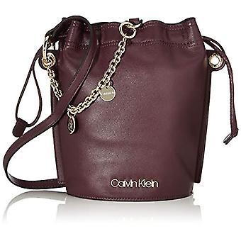 Calvin Klein Chained Sml Bucket - Red Women's Shoulder Bags (Merlot) 12x24x16 cm (W x H L)
