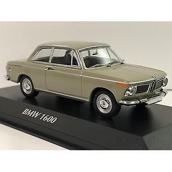 Maxichamps 940022100 BMW 1600 Nevada Beige 1968 1:43
