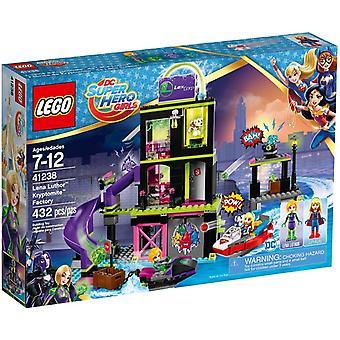 LEGO 41238 Лена Лютор Kryptomite фабрика