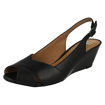 Ladies Clarks Sling tillbaka sandaler Brielle Kae