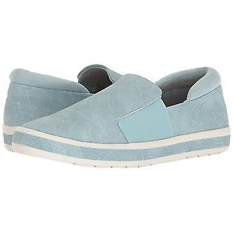 Bella Vita Womens Switch II Low Top Slip On Walking Shoes