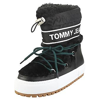 Tommy Jeans Funny Faux Snowboot Womens Fashion Boots in Black