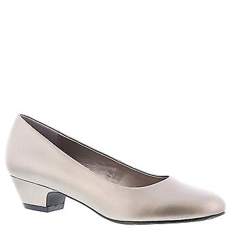 ARRAY Womens Lily Leather Closed Toe Classic Pumps