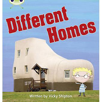 Bug Club Phonics Non-fiction Set 25 Different Homes by Vicky Shipton