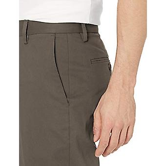 Goodthreads Men's Athletic-Fit Wrinkle Free Dress Chino Pant, Taupe, 32W x 34L