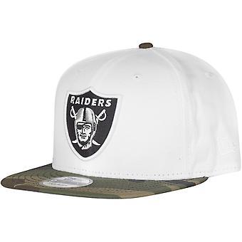 9Fifty nova era Snapback Cap - branco de Oakland Raiders / camo