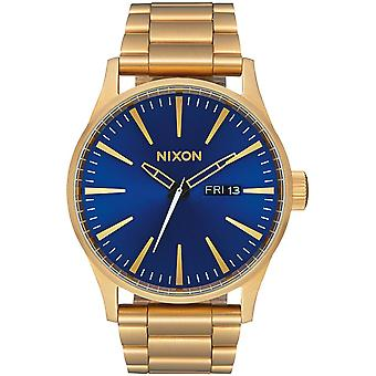 Nixon sentry ss Japanese Quartz Analog Man Watch with A3562735 Gold-Plated Stainless Steel Bracelet