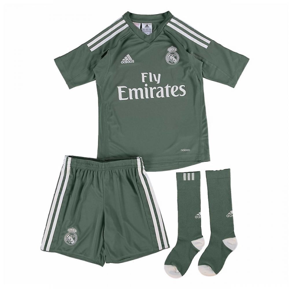 new arrivals d32e9 50108 2017-2018 Real Madrid Adidas Home Goalkeeper Mini Kit