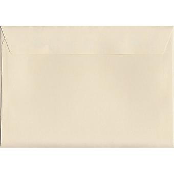 Crème Peel/Seal C6/A6 gekleurde crème enveloppen. 120gsm luxe FSC gecertificeerd papier. 114 mm x 162 mm. portemonnee stijl envelop.