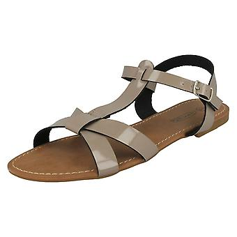 Spot de dames sur boucle sandales F0684