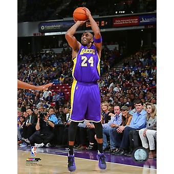 Kobe Bryant 2015-16 Action Photo Print (8 x 10)