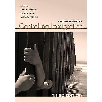 Controlling Immigration - A Global Perspective (3rd Revised edition) b