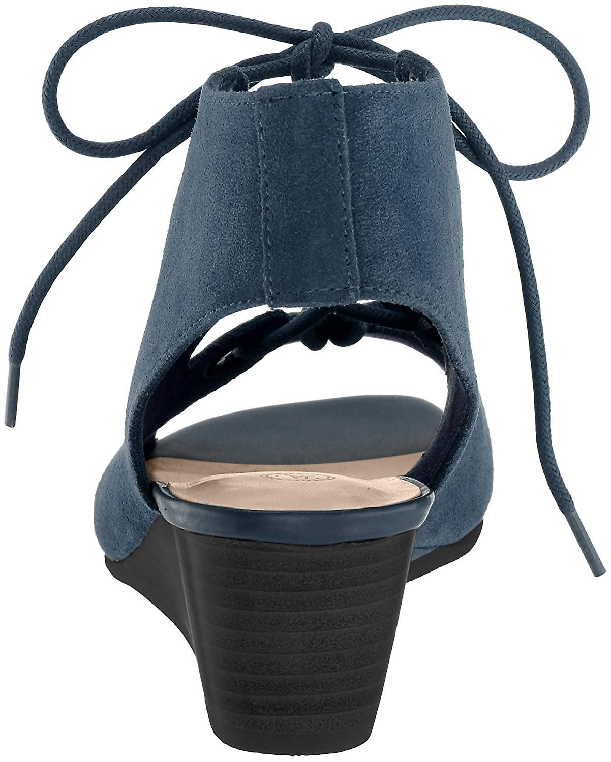 Bella Vita Women's Ingrid Wedge Sandal,