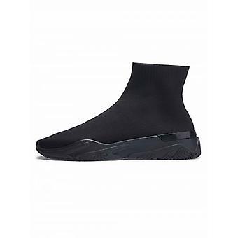 Mallet Midnight Sock Runner