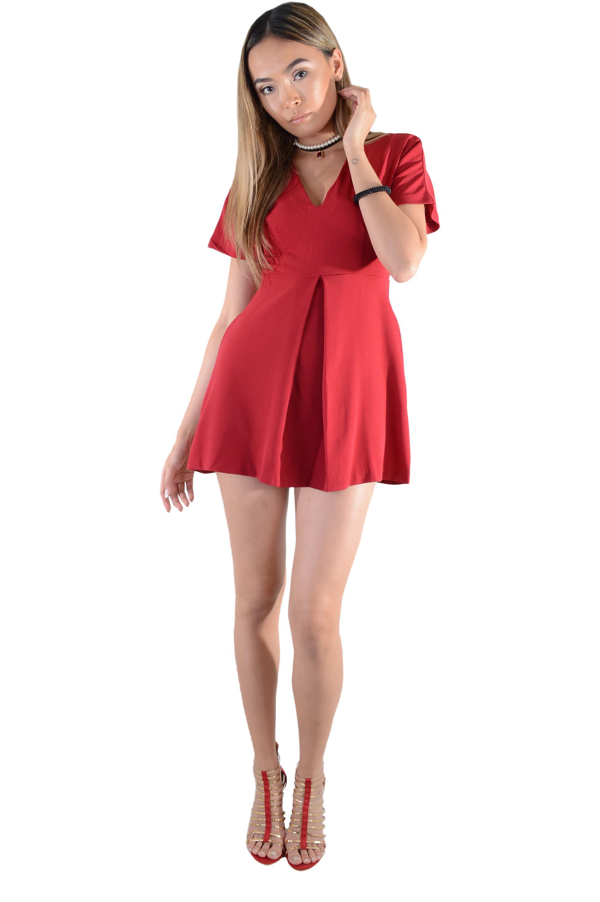 Lovemystyle Red Short Sleeve V-Neck Skater Dress - SAMPLE