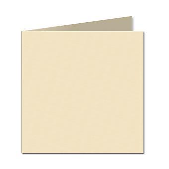 Vaaleaa kermaa. 153mm x 306mm. 6 tuuman neliö. 240gsm taitettu kortti tyhjä.