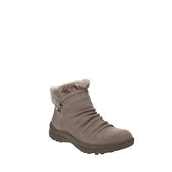 Baretraps | Alick Boots