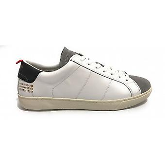 Men's Shoe Ambitious 8102 Sneakers In White Leather / Grey Us20am03