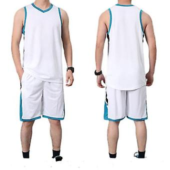 زي كرة السلة، زي كرة السلة، والسترات.