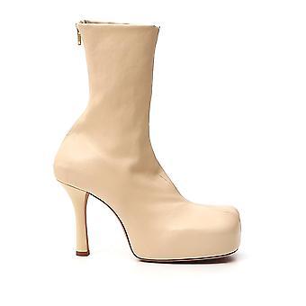 Bottega Veneta 631934vbp409311 Donna's Stivali alla caviglia in pelle beige