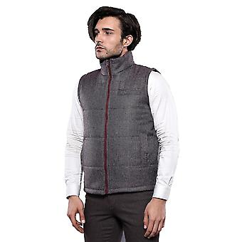 Two-sided red gilet