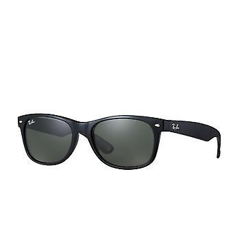 Ray-Ban Classic Matte Black Wayfarer Sonnenbrille